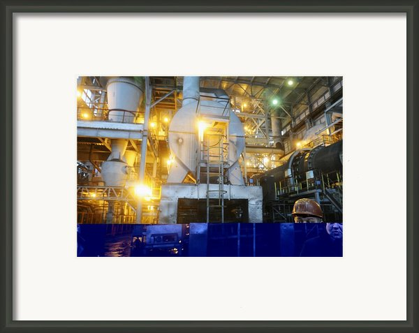 Iron Ore Processing Framed Print By Science Photo Library