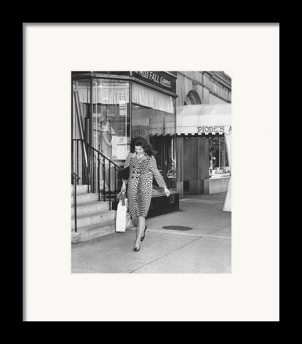 Jacqueline Kennedy In Leopard Print Framed Print By Retro Images Archive