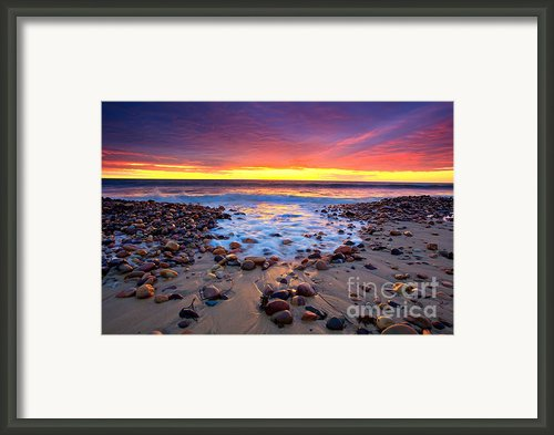 Karrara Sunset Framed Print By Bill  Robinson