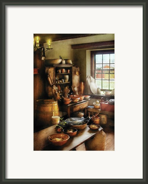 Kitchen - Nothing Like Home Cooking Framed Print By Mike Savad