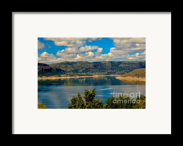 Lake Roosevelt Framed Print By Robert Bales