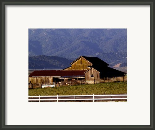 Lakeville Barn Framed Print By Bill Gallagher
