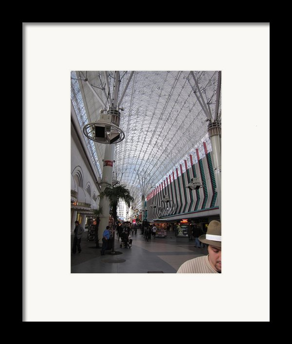 Las Vegas - Fremont Street Experience - 12121 Framed Print By Dc Photographer