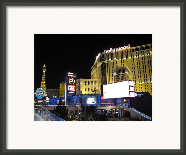 Las Vegas - Planet Hollywood Casino - 12121 Framed Print By Dc Photographer