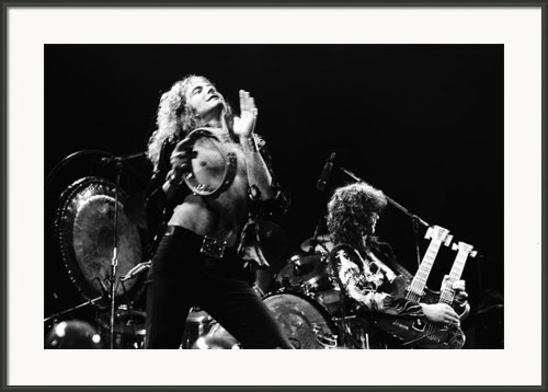 Led Zeppelin Live 1975 Framed Print By Chris Walter