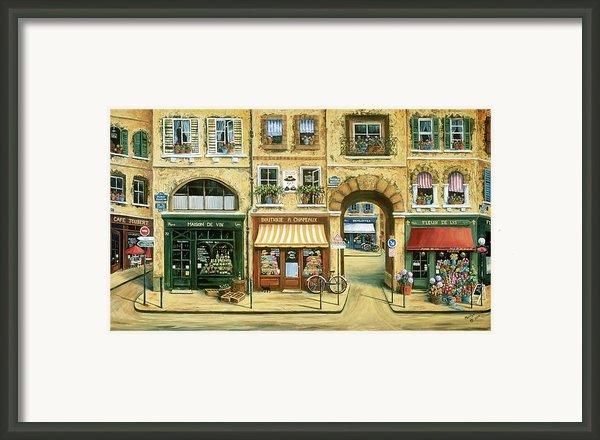 Les Rues De Paris Framed Print By Marilyn Dunlap