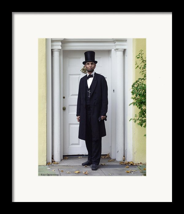 Lincoln Leaving A Building 2 Framed Print By Ray Downing
