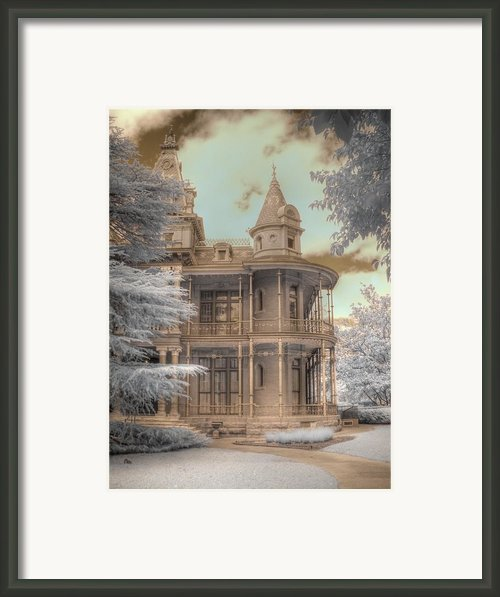 Littlefield Mansion Framed Print By Jane Linders