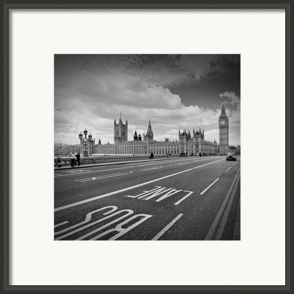 London - Houses Of Parliament  Framed Print By Melanie Viola