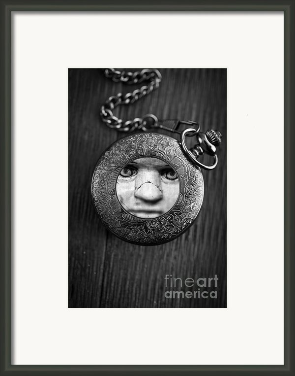Look Behind You Framed Print By Edward Fielding
