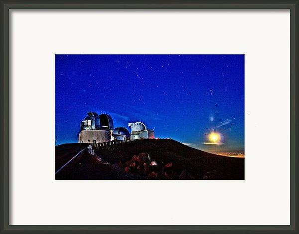 Mauna Kea At Moon Rise Framed Print By Bob Kinnison