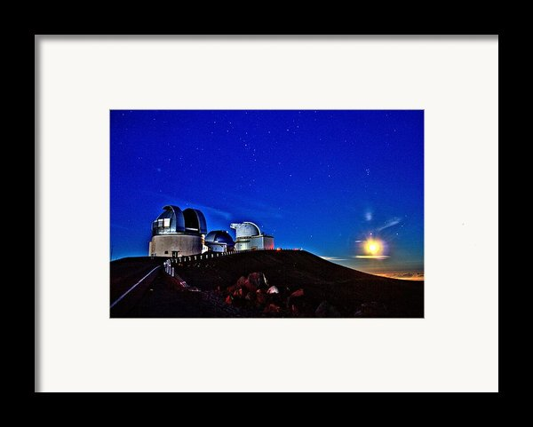 Mauna Kea At Moon Rise Framed Print By Bob Kinnison