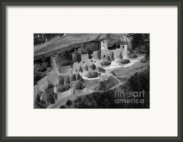 Mesa Verde Monochrome Framed Print By Bob Christopher