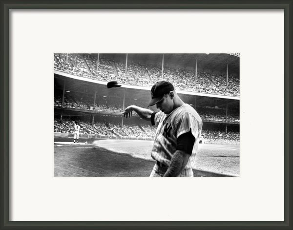 Mickey Mantle Framed Print By Sanely Great