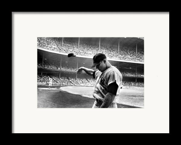 Mickey Mantle Framed Print By Gianfranco Weiss