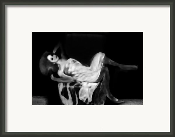 Miss Shapen Chase Framed Print By Jessica Shelton
