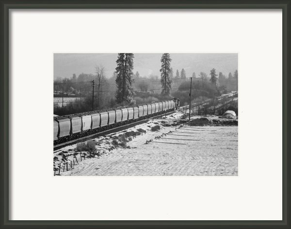 Montana Train Framed Print By Paul Bartoszek