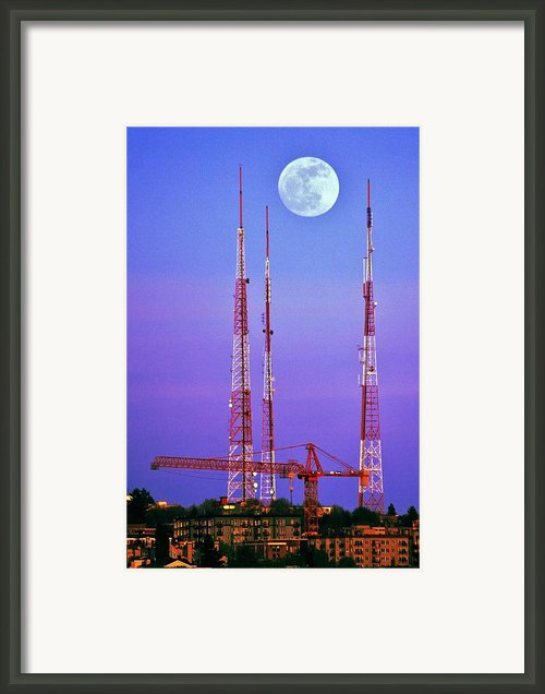 Moontowers Framed Print By Benjamin Yeager