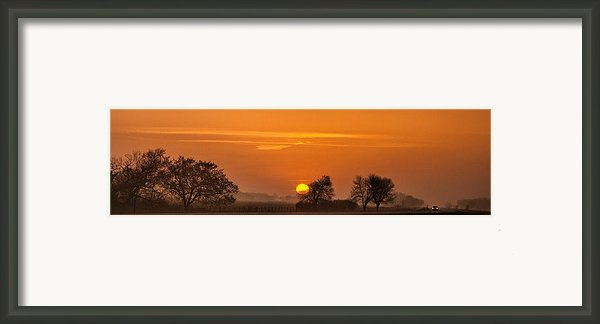 Morning Drive Framed Print By Andrew Soundarajan