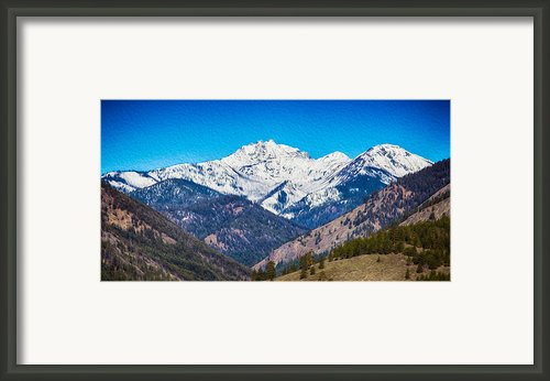 Mount Gardner Close Up Framed Print By Omaste Witkowski