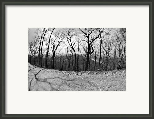 Mountain Road Framed Print By Susan Leggett
