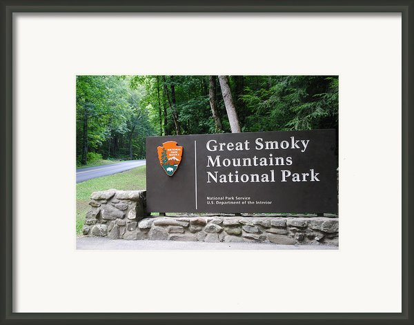National Park Framed Print By Robert Harmon