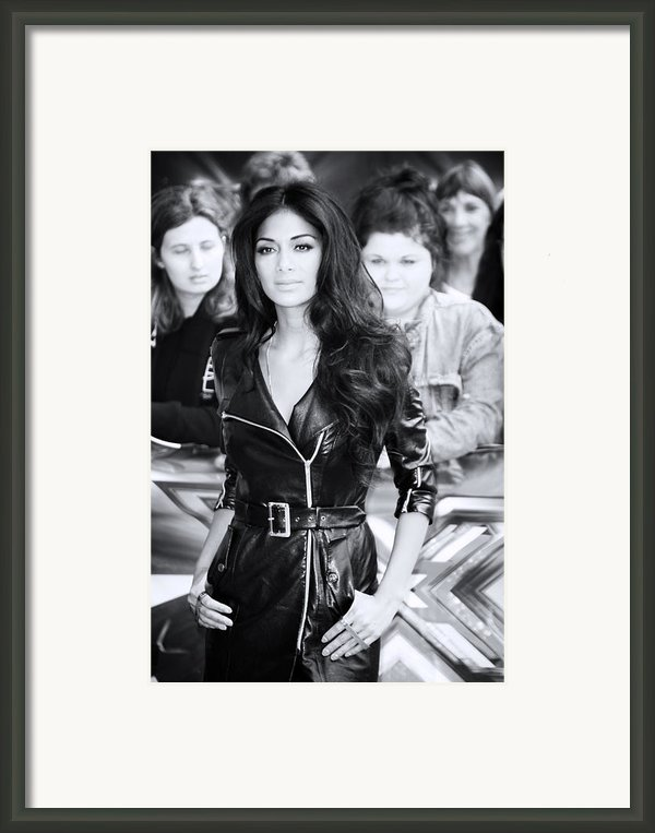Nicole Scherzinger 22 Framed Print By Jez C Self