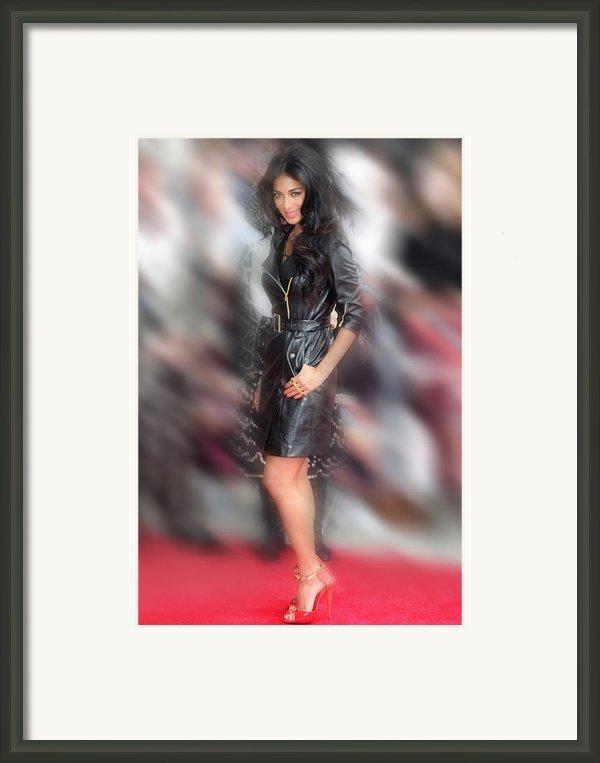 Nicole Scherzinger 24 Framed Print By Jez C Self