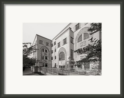 Northwestern University Annenberg Hall Framed Print By University Icons
