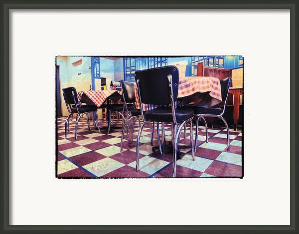 Old Fashion Grill Framed Print By Susan Stone