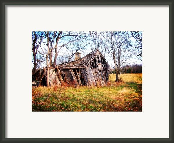 Old Ozark Home Framed Print By Marty Koch