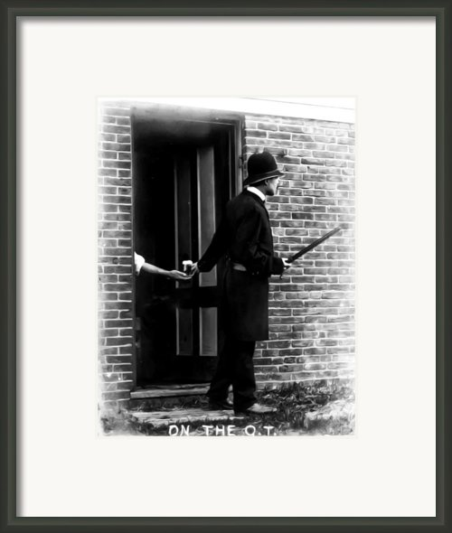 On The Qt Framed Print By Bill Cannon