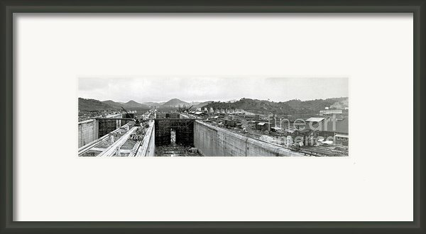 Panama Canal Construction 1910 Framed Print By Photo Researchers