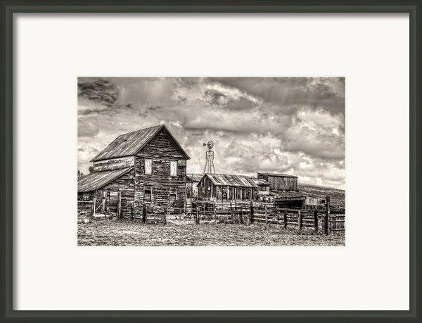 Parker Homestead Framed Print By Ken Smith