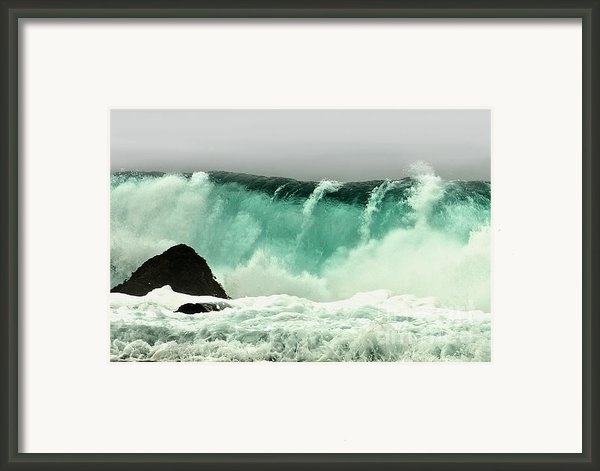 Pebble Beach Crashing Wave Framed Print By Artist And Photographer Laura Wrede