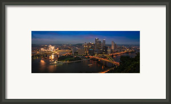 Pittsburgh Pa Framed Print By Steve Gadomski