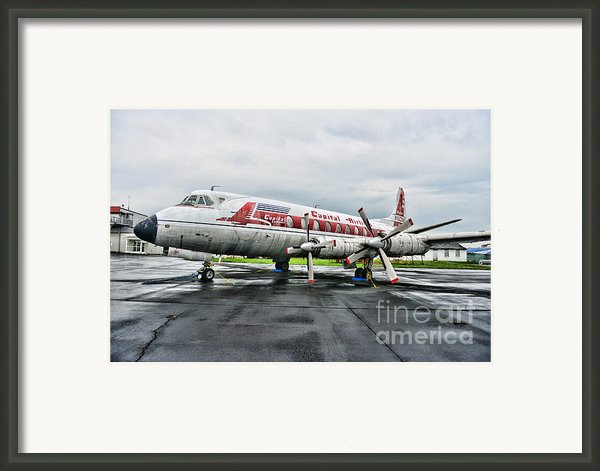 Plane Props On Capital Airlines Framed Print By Paul Ward