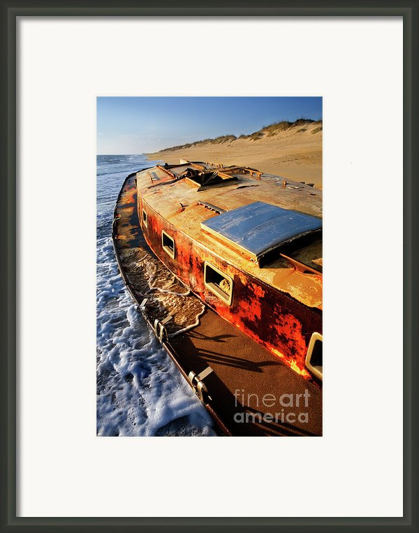 Port Side Down Captain - Outer Banks Framed Print By Dan Carmichael