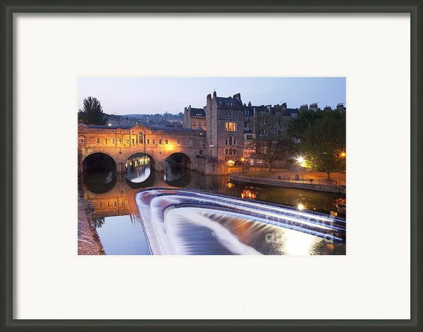 Pulteney Bridge And Weir Bath Framed Print By Colin And Linda Mckie