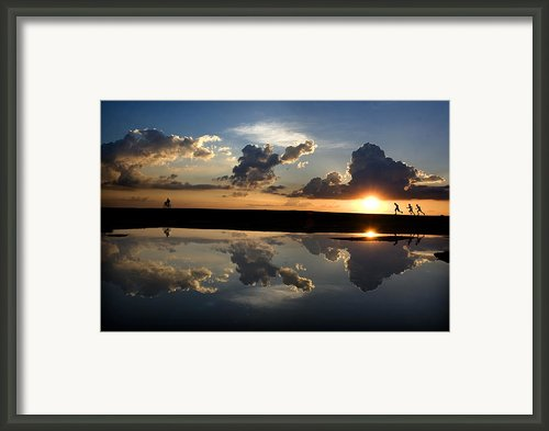 Race Framed Print By Partha Pal