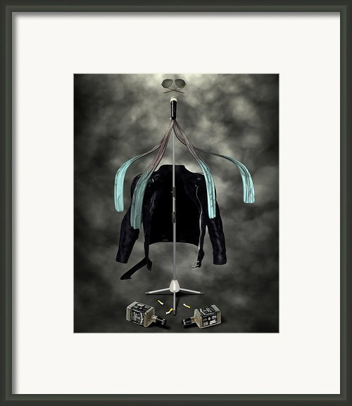 Rock N Roll Crest-the Vocalist Framed Print By Frederico Borges