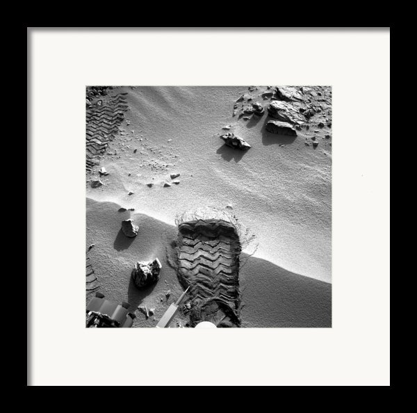 Rocknest Site, Mars, Curiosity Image Framed Print By Science Photo Library