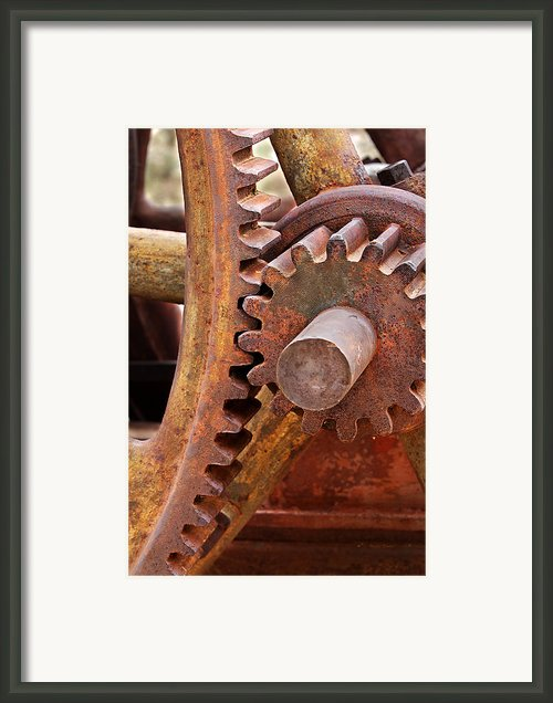 Rusty Metal Gears Framed Print By Phyllis Denton