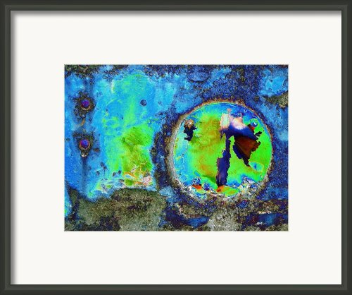 Sea Breeze Framed Print By Tom Druin