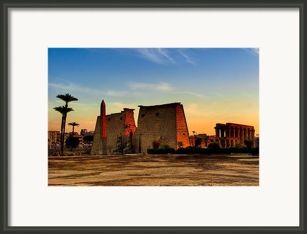 Seeking The Ancient Ruins Of Thebes In Luxor Framed Print By Mark Tisdale