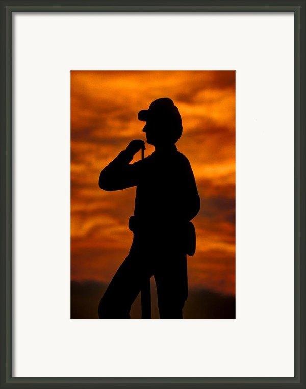 Sky Fire - Flames Of Battle 7th Pennsylvania Reserve Volunteer Infantry-a1 Sunset Antietam Framed Print By Michael Mazaika