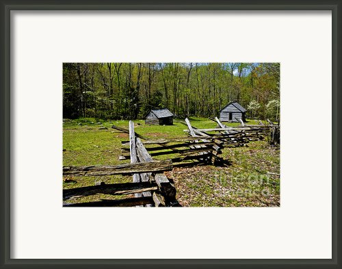 Smoky Mountain Cabins Framed Print By Paul W Faust -  Impressions Of Light