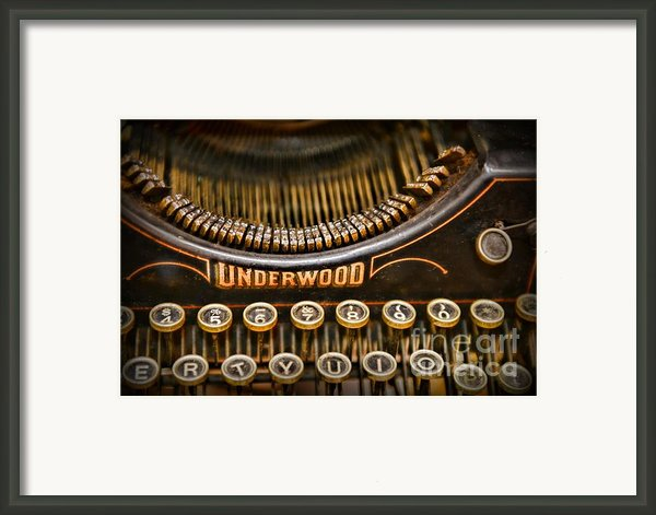 Steampunk - Typewriter - Underwood Framed Print By Paul Ward