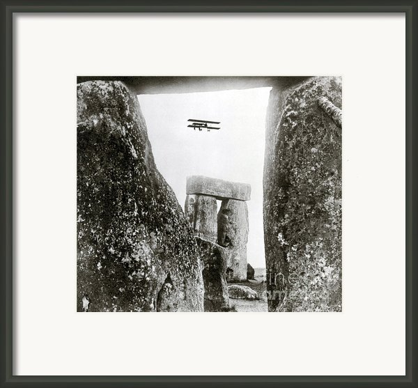 Stonehenge 1914 Framed Print By Science Source