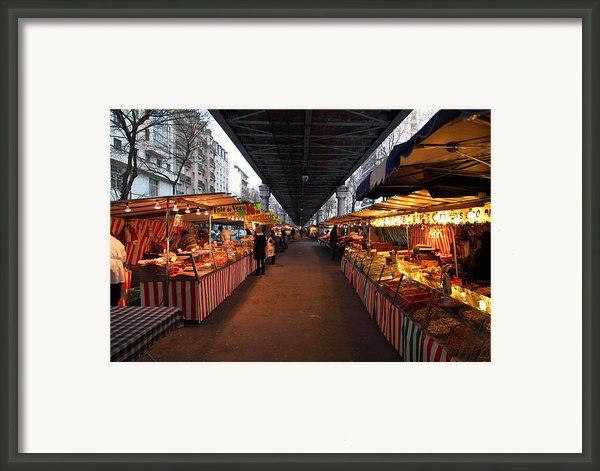 Street Scenes - Paris France - 011316 Framed Print By Dc Photographer